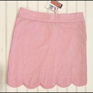 NWT Vineyard Vines pink seersucker scallop skirt